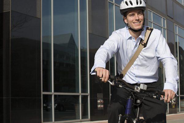 Zakelijke fietser